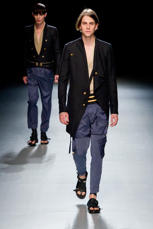 SS12 Tokyo ato001_Lewis Grant(Fashion Press)