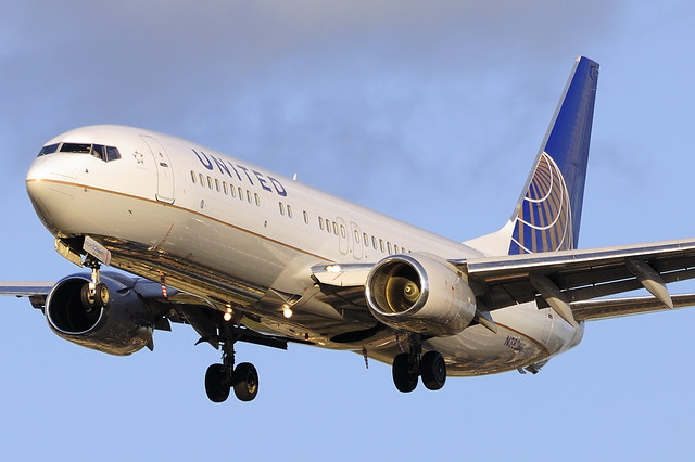 United Airlines (Continental Airlines) Boeing 737-824 (N38268)