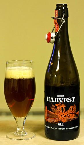 Review: Muskoka Harvest Ale by Cody La Bière