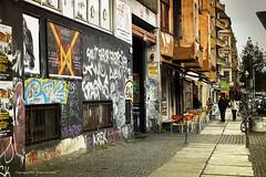 Falckensteinstrae (Pieter Musterd) Tags: streetart berlin canon kreuzberg germany painting deutschland mural raw herbst herfst 5d duitsland grafitty berlijn muralisme pietermusterd falckensteinstrase canon5dmarkii