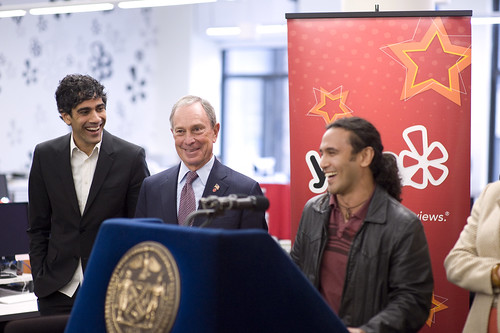 New York City Locksmith Jay Sofer meets New York City Mayor