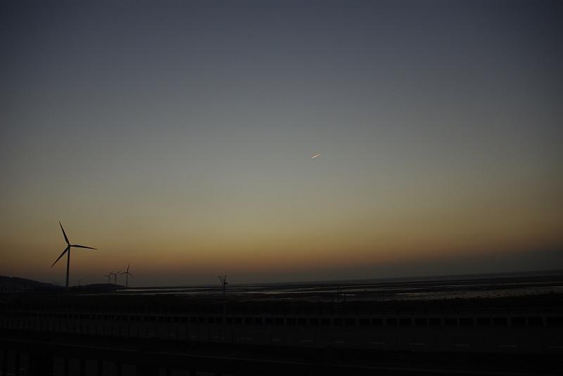 南寮17公里海岸飆車追日
