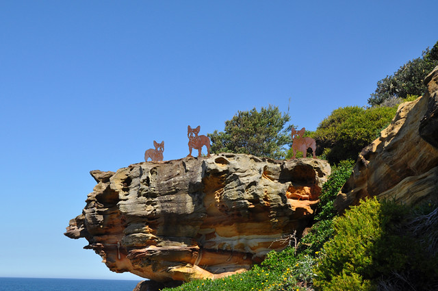Geoff-Harvey--a-french-litter--Sculpture-by-the-Sea,-bondi-2010--Photo-Jacqueline-White[1]