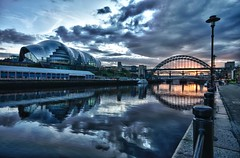 Quayside Sundown (Phil 'the link' Whittaker (gizto29)) Tags: sunset clouds bracket tynebridge hdr swingbridge rivertyne thesage highlevelbridge thebaltic newcastlequayside niksofthdrefexpro