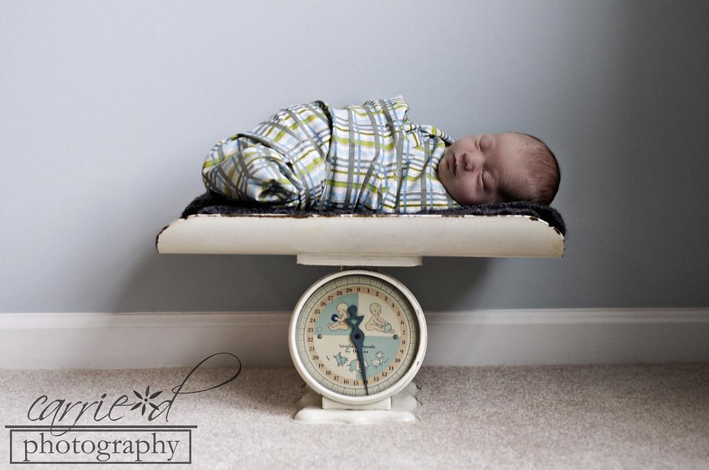 Andrew Muller Newborn 11-10-11 98BLOG