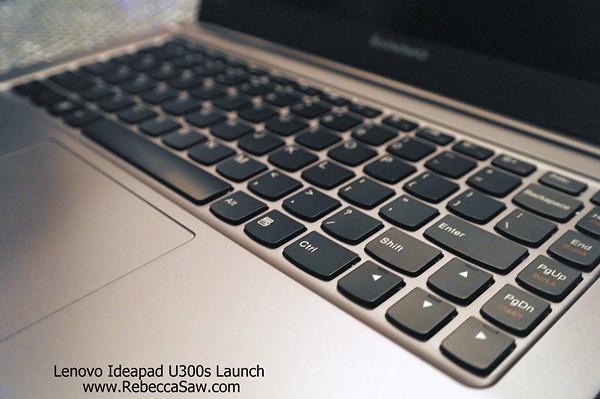 Lenovo Ideapad U300s-17