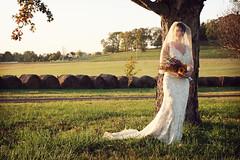 IMG_5852b (Mindubonline) Tags: wedding garter cake groom bride photographer nashville ceremony marriage bouquet banquet nuptials mindub mindubonline timhiber
