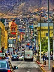 Antofagasta Chile - Calle Sucre hacia los cerros (Victorddt) Tags: chile sonycybershot antofagasta iiregión dsch55
