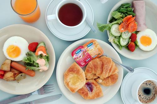 Sino-House Phuket Hotel - Breakfast