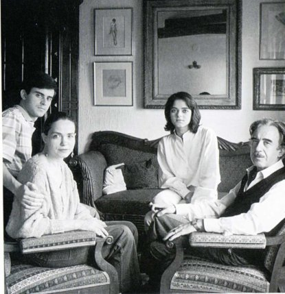 Manuel Luisa Giovanna y Xavier Valls by Tony Catany 1985