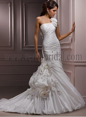 Asymmetrical ruching flare silhouette wedding dress (Verna20) Tags: wedding silhouette dress flare asymmetrical ruching