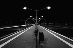 about stripes and tunnels (Tafelzwerk) Tags: night train lights licht nikon bonn nacht telekom tram wideangle tunnel autobahn symmetry ubahn autos lichter haltestelle trainstop langzeitbelichtung longtimeexposure weitwinkel symmetrie museumsmeile stadtbahn citytrain lightstripes strasenbahn 816mm d7000 nikond7000 sigma816mm tafelzwerk tafelzwerkde