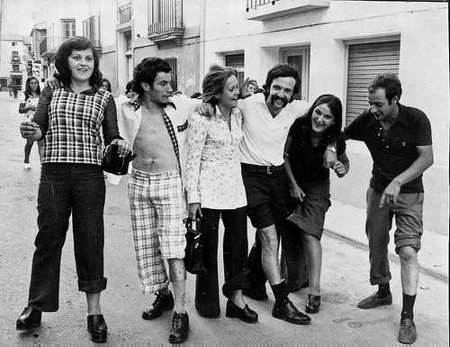 Grupo de amigos en fiestas de Buñuel