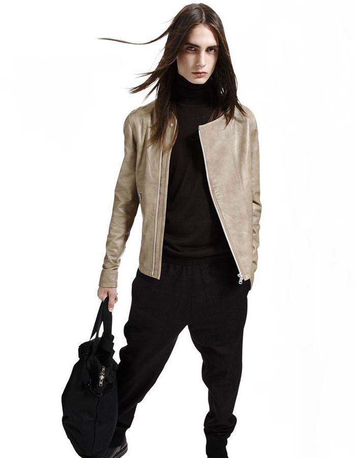 Jackson Rado0043_Costume National E Equal AW11