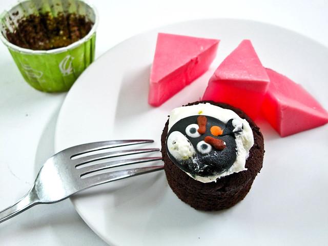 IMG_2124 Agar-agar and angry bird cupcakes
