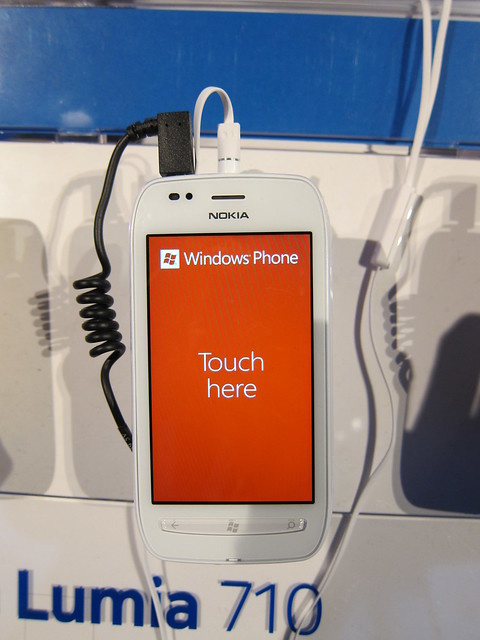The White Nokia Lumia 710 Looks Good As Well