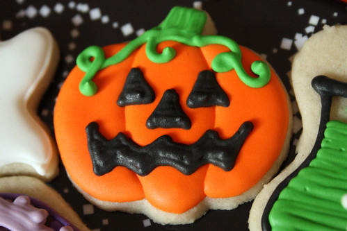 Mini Jack-o'Lantern Cookie.