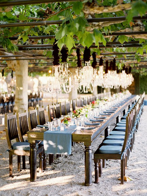 chandalier wedding table