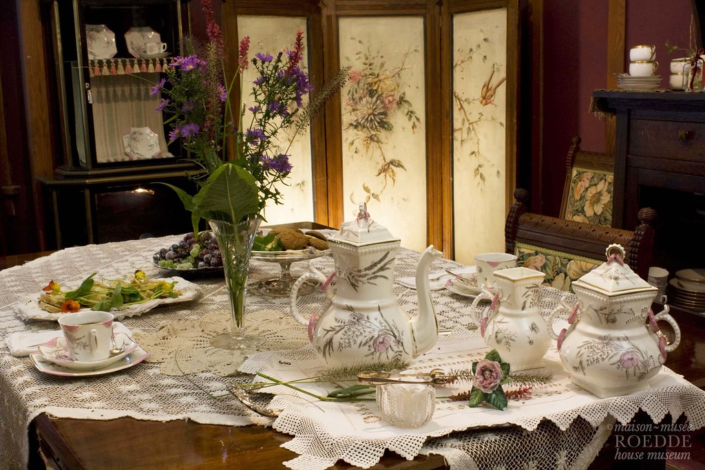Victorian Table Settings