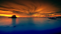 #850C4669- The contradiction of sea and sky (Zoemies...) Tags: sea sky sun beach clouds slowshutter contradiction balikpapan melawai zoemies