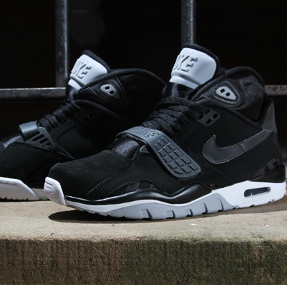 nike-air-trainer-sc-ii-anthracite-black-1