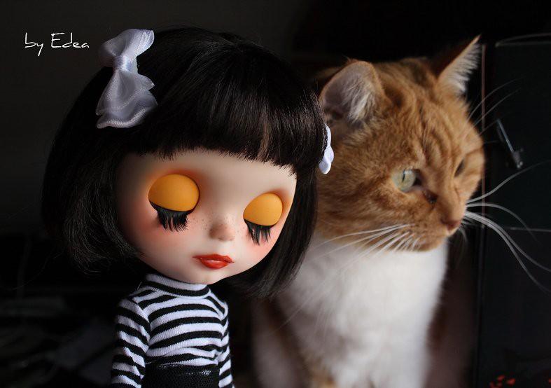 62768594f Lilith y Amelie. (edea44) Tags: cat ooak carving gato gata blythe custom