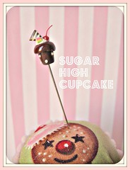 sugar high ~ sugar overload cupcake pin topper (Pinks & Needles (used to be Gigi & Big Red)) Tags: quilt sewing craft sew pincushion etsy gigiminor pinksandneedles pintoppers pintopper sewingpin