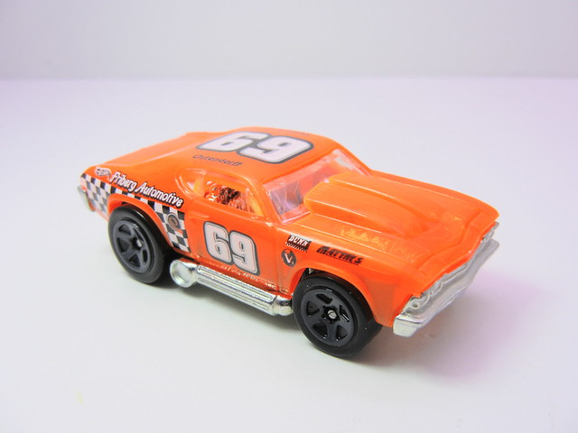 hot wheels '69 chevelle orange (2)