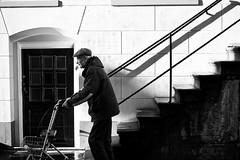 (Arjan Kremer) Tags: street old portrait woman white man black canon 50mm d 5 groningen portret zwart wit vrouw arjan kremer straat blackwhitephotos