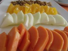 saudvel (Rita Copetti) Tags: frutas laranja granola melo mamo cafedamanh saudvel