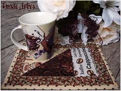 Mais um para minha coleo pessoal! (**DASDE Artes!**) Tags: cafe cappuccino mugrug tapetedecaneca