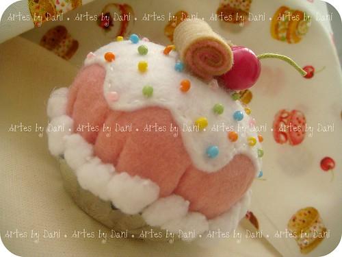 Alfineteiro cupcake by Artes by Dani