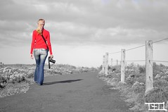 Mom Walking along (Teo Morabito) Tags: red white black beautiful walking mom photographer mother picture teo australia most morabito mbpictures