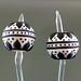 Earring pair : Classic bead