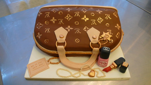 LV Bag with Chanel makeup cake by CAKE Amsterdam - Cakes by ZOBOT