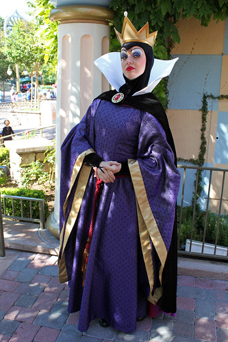 The Evil Queen Halloween Costume