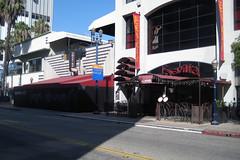 Bowfinger (On Location in Los Angeles) Tags: losangeles santamonica location longbeach hollywood raes filming stevemartin eddiemurphy heathergraham jamiekennedy robertdowneyjr