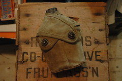 WWII (USMC) canteen and cover front (340mgb) Tags: usmc wwii cover canteen