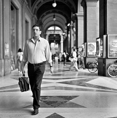I portici (guido.masi) Tags: street film florence streetphotography plus firenze hp5 portici ilford automat analogic flexaret piazzadellarepubblica meopta