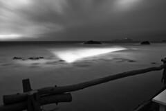 Amanecer en B&N (ibzsierra) Tags: sea costa mer canon dawn coast mar negro amanecer ibiza 7d eivissa baleares digitalcameraclub blsnco