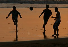 Sunset football, Seminyak Beach, Bali (Sekitar) Tags: boy sunset sea bali sun beach indonesia gold evening football play laut silhouettes games pantai seminyak matahari terbenam earthasia