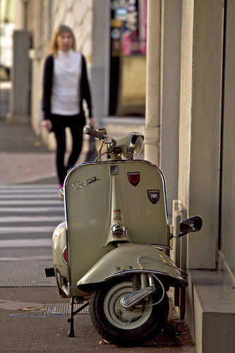 Vespa by Steph Blin