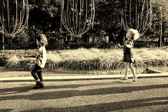 Children jump (Hagumilk*) Tags: tokyo midtown roppongi