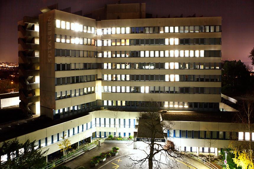 Strange hospital (#01/52: strange)