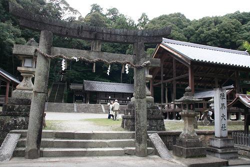 生駒山がご神体の火祭りの古社『往馬大社』@生駒市