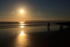 Family Silhouette (HDR) - Coronado, CA (Daniel Ray) Tags: california hotel sand rocks waves place pacific coronado hoteldelcoronado