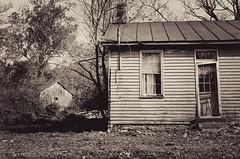 (dpietzuch) Tags: ohio house barn rural fuji abandond x100 southlebanon dpietzuch