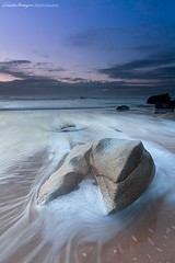 The tooth (Descliks2bretagne PHOTOGRAPHIE) Tags: ocean longexposure sunset sea mer seascape france beach rock canon french brittany bretagne breizh filter bluehour paysage plage morbihan hitech rocher couchdesoleil filtre quiberon wildcoast ctesauvage poselongue heurebleue 450d portbara canonefs1022usm nd09hardgrad descliks2bretagne ledilhuitnicolas