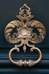 Door Knocker 3, Paris (Peter Cook UK) Tags: paris france doorknocker