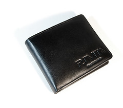 closed wallet 1small